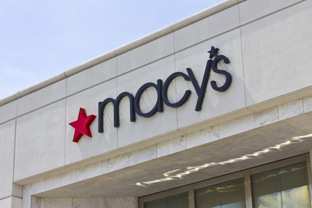 macys: Lafayette, IN - Circa July 2016: Macys Department Store. Macys, Inc. is one of the Nations Premier Omnichannel Retailers IV