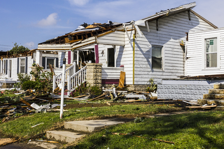 Kokomo - August 24, 2016: Several EF3 tornadoes touched down in a residential neighborhood causing millions of dollars in damage. This is the second time in three years this area has been hit by tornadoes 25 版權商用圖片 - 61869995