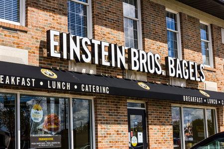 cater: Indianapolis - Circa September 2016: Einstein Bros. Bagels Quick-Casual Restaurant III Editorial