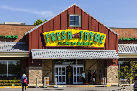 Indianapolis - Circa September 2016: Fresh Thyme Farmers Market. Fresh Thyme Offers Fresh and Healthy Food at Amazing Values III Editorial