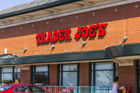 trader: Indianapolis - Circa September 2016: Trader Joes Retail Strip Mall Location. Trader Joes is a chain of specialty grocery stores in the U.S. II