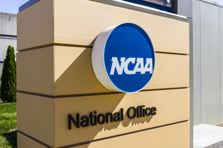 Indianapolis - Circa October 2016: National Collegiate Athletic Association Headquarters. The NCAA regulates athletic programs of many colleges and universities II Banco de Imagens - 63614274
