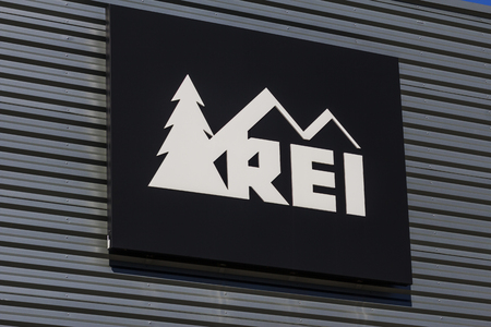 signage outdoor: Indianapolis - Circa October 2016: Recreational Equipment, Inc. Logo and Signage. REI sells sporting goods and outdoor gear I