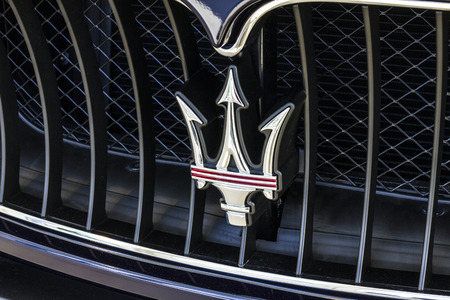 Indianapolis - Circa October 2016: Maserati Trident Logo. Maserati is a Luxury Car Manufacturer Based in Italy VI Editoriali