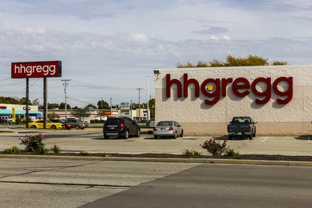 retailer: Kokomo - Circa October 2016: hhgregg location. hhgregg is a retailer of consumer electronics and home appliances IV Editorial