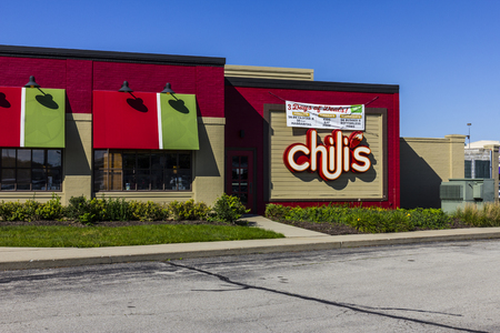 chili's restaurant: Indianapolis - Circa October 2016: Chilis Grill & Bar Casual Dining Restaurant. Chilis is known for its Baby Back Ribs II