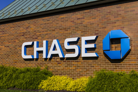 Indianapolis - Circa October 2016: Chase Bank. Chase is the U.S. Consumer and Commercial Banking Business of JPMorgan Chase V