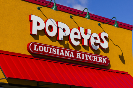 Anderson - Circa October 2016: Popeyes Louisiana Kitchen Fast Food Restaurant. Popeyes is known for its Cajun Style Fried Chicken I Sajtókép