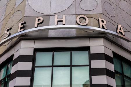lvmh: Las Vegas - Circa December 2016: Sephora Retail Store. Sephora is a cosmetics store based in Paris, France III