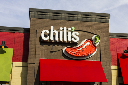 chili's restaurant: Indianapolis - Circa December 2016: Chilis Grill & Bar Casual Dining Restaurant. Chilis is known for its Baby Back Ribs V Editorial