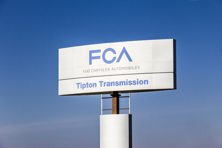 Indianapolis - Circa February 2017: FCA Fiat Chrysler Automobiles Transmission Plant. FCA sells vehicles under the Chrysler, Dodge, and Jeep brands IV Редакционное
