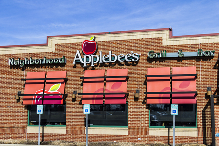 Indianapolis - Circa February 2017: Applebees Neighborhood Grill and Bar Casual Restaurant. Applebees is a subsidiary of DineEquity, Inc. I Editorial