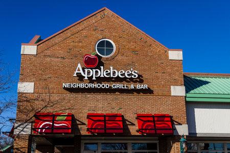 Indianapolis - Circa February 2017: Applebee's Neighborhood Grill and Bar Casual Restaurant. Applebee's is a subsidiary of DineEquity, Inc. III 新闻类图片