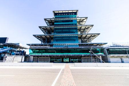 インディ アナポリス - 2017 年 2 月頃: インディ アナポリス ・ モーター ・ スピードウェイでパナソニック パゴダ。IMS はインディ 500 XI の 101 の実行