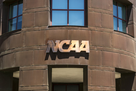 Indianapolis - Circa June 2017: National Collegiate Athletic Association Headquarters. The NCAA regulates athletic programs of many colleges and universities IX Banco de Imagens - 79365536