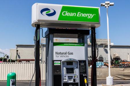 ラスベガス - 2017年 7 月年頃: クリーン エネルギー燃料天然ガス ステーション。クリーン エネルギー分散圧縮天然ガス (CNG)、液化天然ガス (LNG) 私