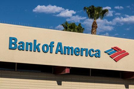 라스베가스 - 2017 년 7 월경 : 뱅크 오브 아메리카 은행 및 대출 지점. 뱅크 오브 아메리카는 금융 및 금융 서비스 회사입니다 VII