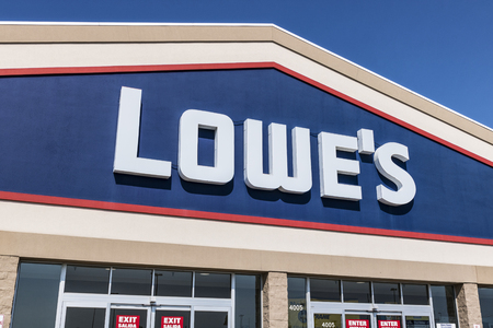 Kokomo - Circa August 2017: Lowes Home Improvement Warehouse. Lowes operates retail home improvement and appliance stores in North America IX