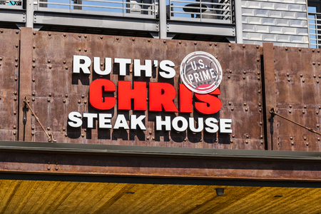 Indianapolis - Circa August 2017: Ruths Chris Steak House Restaurant. Ruths Chris is one of the largest upscale steakhouses in the US I