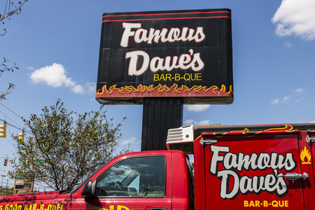 Indianapolis - Circa August 2017: Famous Daves Bar-B-Que Restaurant location. Famous Daves has been listed on the NASDAQ since 1996 II