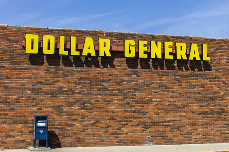 Indianapolis - Circa September 2017: Dollar General Retail Location. Dollar General is a Small-Box Discount Retailer