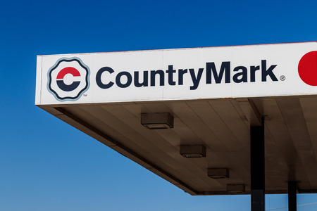 Kokomo - Circa December 2017: CountryMark Gas Station. CountryMark is the largest buyer of domestic crude oil from the Illinois Basin I