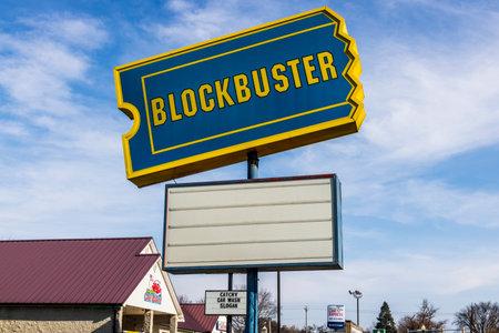 ペルー - Circa 11月 2017: 廃止されたブロックバスタービデオ小売場所.技術に追いついていないブロックバスターの象徴産業I
