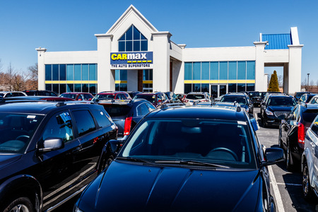 Indianapolis - Circa March 2018: CarMax Auto Dealership. CarMax is the Largest Used-Car Retailer in the US II Editorial