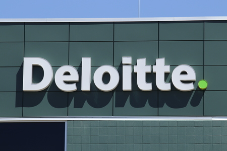 Dayton - Circa April 2018: Local Deloitte tax and advisory office. Deloitte is a multinational professional services network I Редакционное