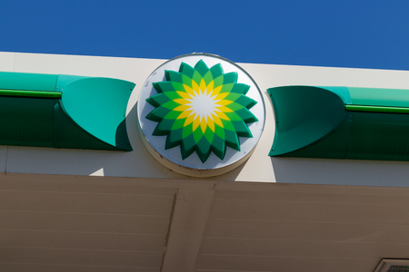 Anderson - Circa April 2018: BP Retail Gas Station. BP is One of the Worlds Leading Integrated Oil and Gas Companies I Editöryel