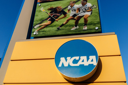 Indianapolis - Circa July 2018: National Collegiate Athletic Association Headquarters. The NCAA regulates athletic programs of many colleges and universities IV Banco de Imagens - 112207213