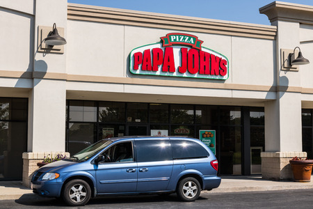 Mishawaka - Circa August 2018: Papa Johns Take-Out Pizza Restaurant. Controversial founder John Schnatter has been forced out as CEO I Editorial