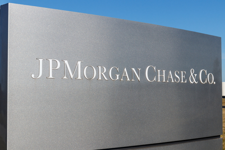 Indianapolis - Circa January 2019: JPMorgan Chase Operations Center. JPMorgan Chase and Co. is the largest bank in the United States I Publikacyjne