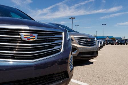 Noblesville - około kwietnia 2019: Salon samochodowy Cadillac. Cadillac to luksusowy oddział General Motors III