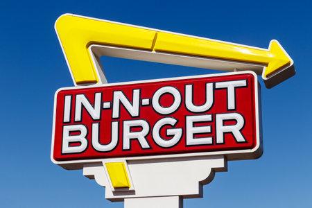 Las Vegas: alrededor de junio de 2019: ubicación de comida rápida In-N-Out Burger. In-N-Out es increíblemente popular en el suroeste de EE. UU. I