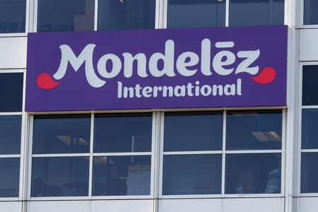 Deerfield - Circa June 2019: Mondelez International Headquarters. Mondelez is the snack food spin off of Kraft Foods II Redakční