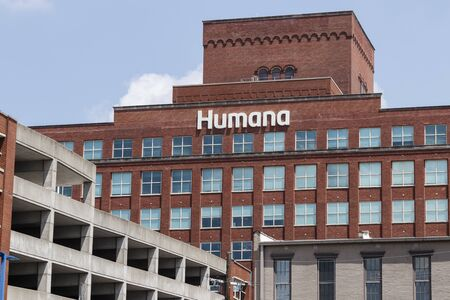 Louisville - Circa July 2019: Humana corporate headquarters. Humana acquired a 40 percent share of Kindred at Home services II 에디토리얼