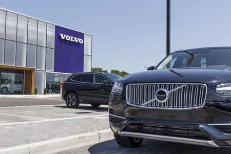 Indianapolis - Circa August 2019: Volvo car and SUV dealership. Volvo is a subsidiary of the Chinese automotive company Geely III Sajtókép