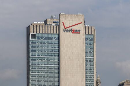 New York - Circa August 2019: The Verizon Building at 375 Pearl Street. Verizon is in a race to bring 5G cellular networks to market VII
