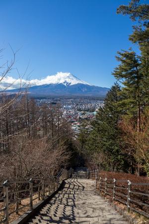 sengen: view of fuji mountain from step up way to Arakura Sengen Shrine Chureito pagoda Stock Photo