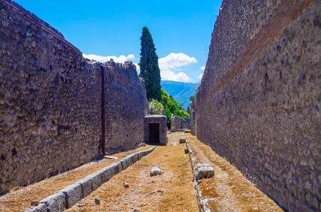 Pompeii, archeological site, Ancient ruins of town, empty streets. 스톡 콘텐츠