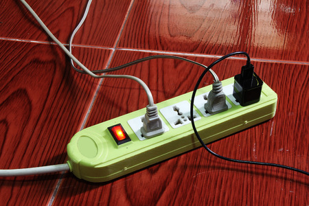 over burdened: Power strip