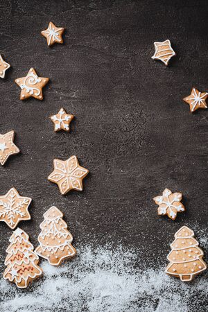 Christmas background with gingerbread cookies Zdjęcie Seryjne