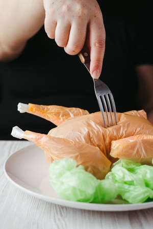 Micro plastic contamination of food, waste problem