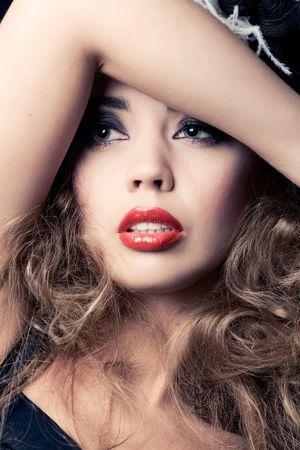 Beautiful fashion model, classic retro style look, closeup shot Stock Photo - 8133159