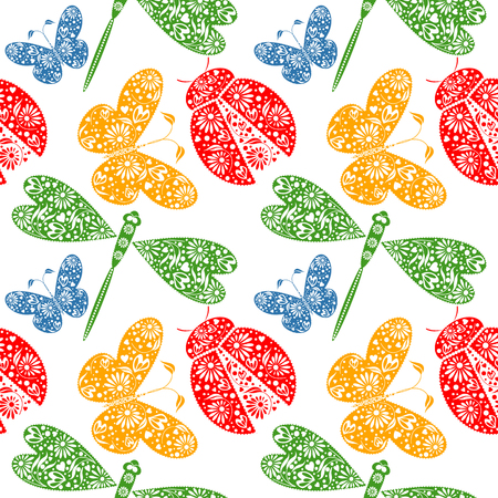 Seamless vector pattern with insects, symmetrical background with decorative dragonflies, ladybugs and butterlies, on the white backdrop. Series of Animals and Insects Seamless Patterns. Vettoriali