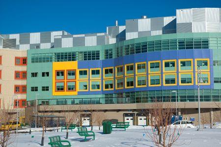ni�os enfermos: Moderno hospital para el tratamiento de ni�os enfermos en Calgary Alberta.