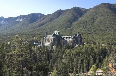 resortes: Banff Springs Hotel Parque Nacional Banff de Alberta Canad� en 1887 construy� en el lugar de una manantiales de agua caliente.