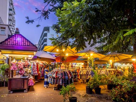 Duke s Market on April 27, 2014 in Waikiki, Hawaii  Duke s Market is an outdoor market in Waikiki selling tourist items like leis, postcards, masks, hulas, etc