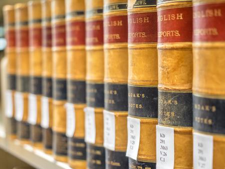 à  law: Biblioteca de ley - libros de ley viejos Editorial